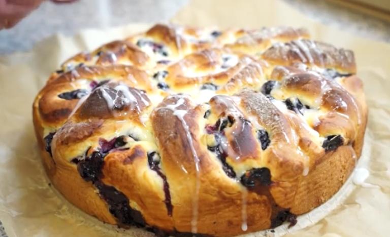 Пирог из черники из дрожжевого теста рецепт с