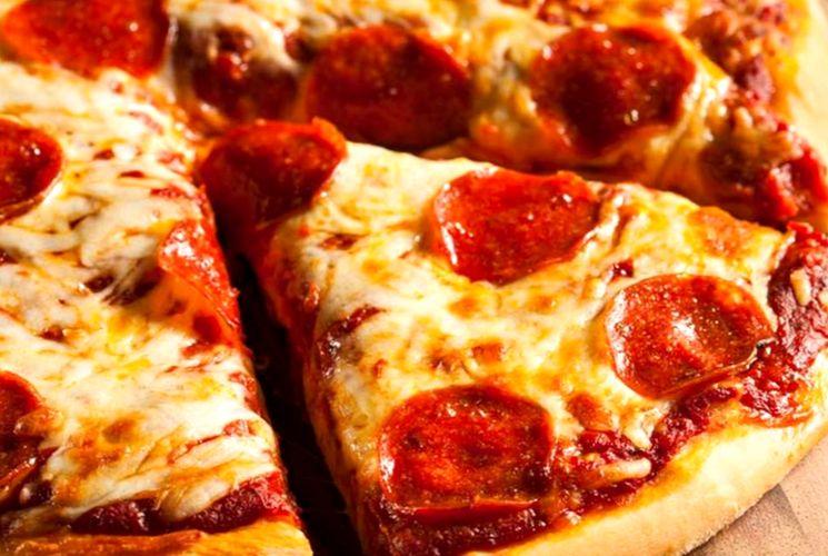 Пицца тонкое тесто рецепт с фото пошагово