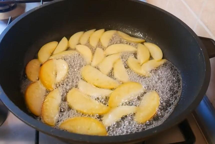 Вкусная шарлотка с яблоками - рецепт пошаговый с фото