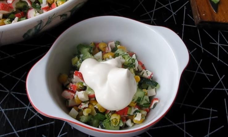 Салат из кукурузы без крабовых палочек рецепт