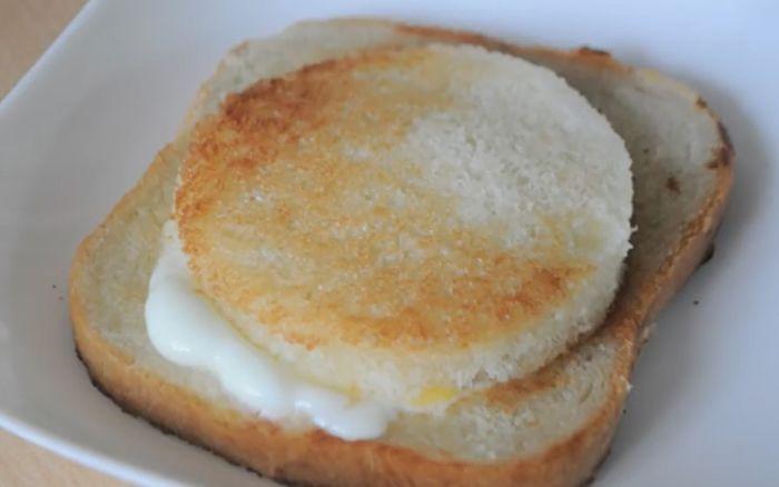 Как приготовить яйца на завтрак