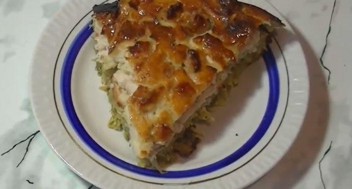 заливной капустный пирог с курицей