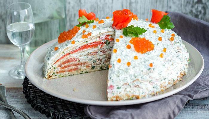 Как испечь несладкий блинный торт - 7 вкусных закусочных тортов