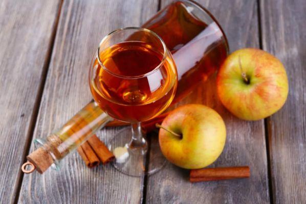 яблочное вино на дрожжах