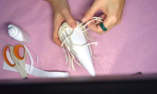 вставляем конус в плетение