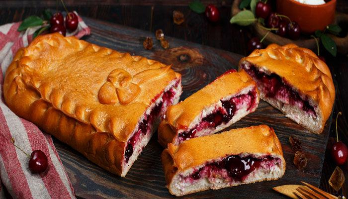 Простой пирог с вишней рецепт с фото